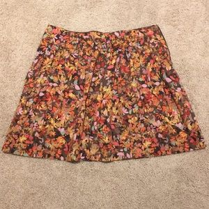 {J. Crew} floral skirt WITH POCKETS